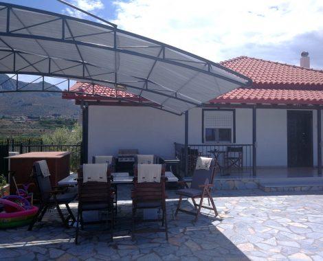 Outdoorküche & Sitzbereich