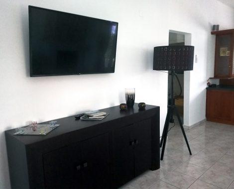 Flat-TV Wohnzimer